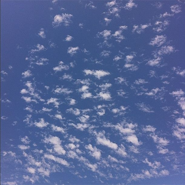 blue_sky__cloud_minimal_by_thel0go5-d7uzm0c